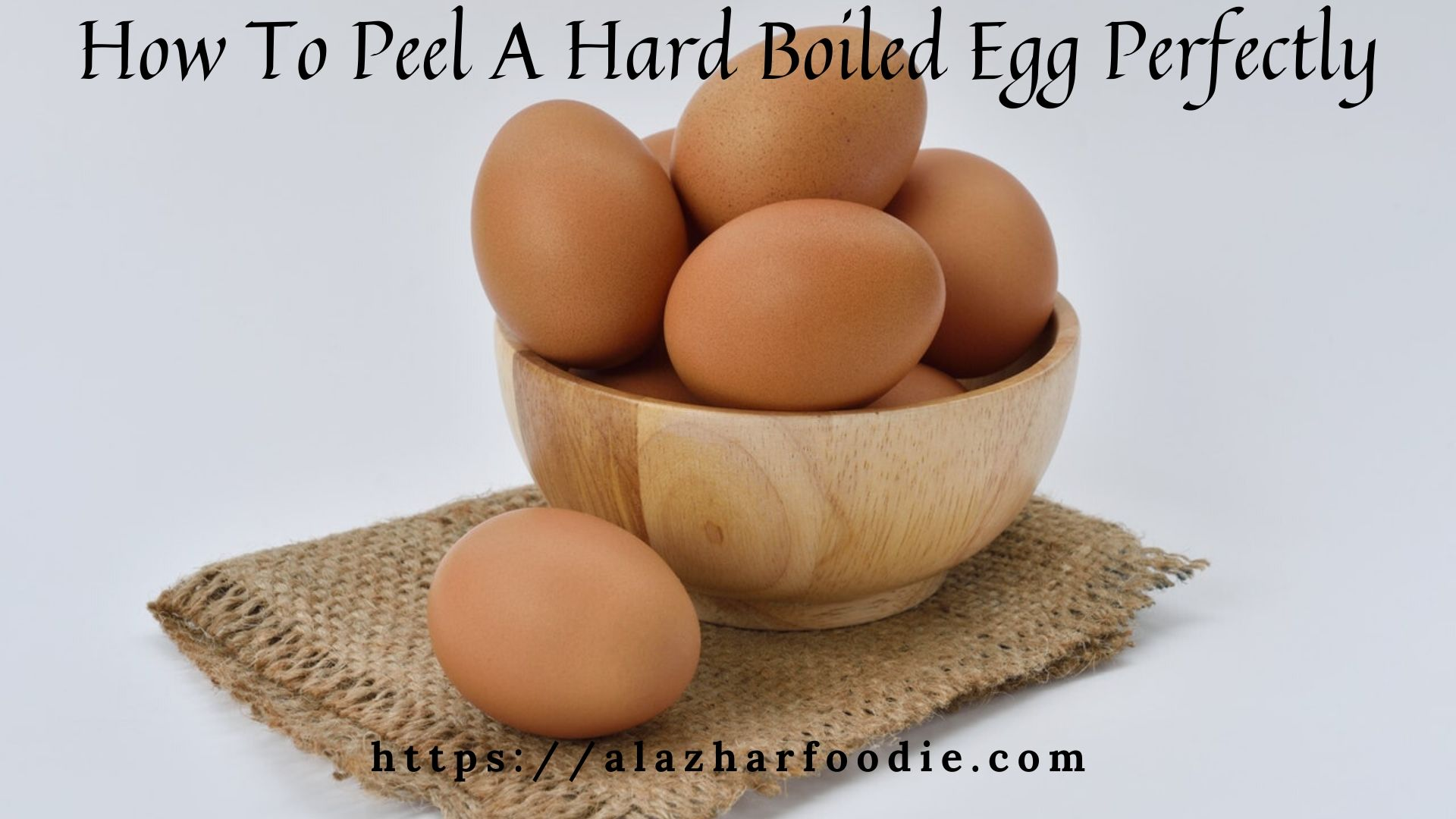 How to peel a hard boiled egg