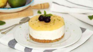 serve the frozen lemon cake and condensed milk